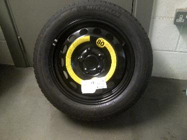 http://s3-eu-west-1.amazonaws.com/bumblebeeauction/201401/wheel (3).JPG