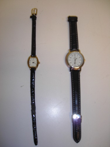 http://s3-eu-west-1.amazonaws.com/bumblebeeauction/201402/2 x LADIES WRIST WATCHES WITH BLACK STRAPS.JPG