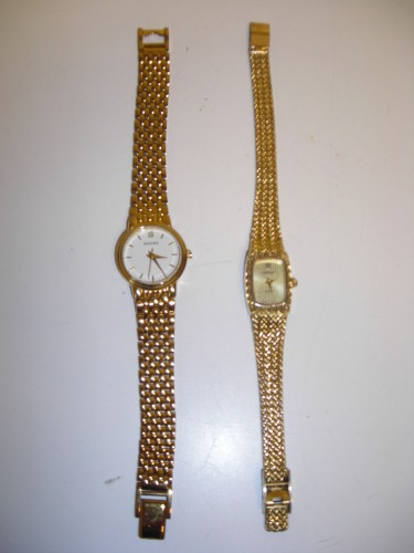http://s3-eu-west-1.amazonaws.com/bumblebeeauction/201402/2 x LADIES WRIST WATCHES.JPG