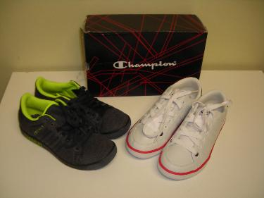 http://s3-eu-west-1.amazonaws.com/bumblebeeauction/201402/CHAMPION JOE LACE BOYS TRAINERS UK SIZE 4 AND ADDIDAS FOREST HILLS BOYS UK SIZE 3.JPG