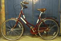 http://s3-eu-west-1.amazonaws.com/bumblebeeauction/201402/Maroon Bike.JPG