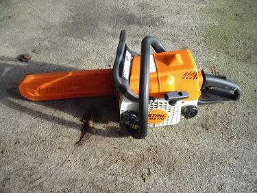 http://s3-eu-west-1.amazonaws.com/bumblebeeauction/201402/chain saw (5).jpg