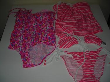 http://s3-eu-west-1.amazonaws.com/bumblebeeauction/201403/2 SWIMSUITS.jpg