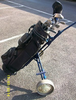 http://s3-eu-west-1.amazonaws.com/bumblebeeauction/201403/Golf bag (2).JPG