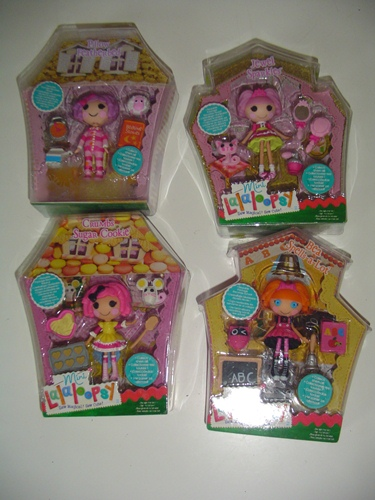 http://s3-eu-west-1.amazonaws.com/bumblebeeauction/201403/LALALOOPSY FLUFF.jpg