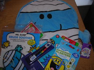 http://s3-eu-west-1.amazonaws.com/bumblebeeauction/201403/MR BUMP BACKPACK  CHILD FIRST AID KIT.jpg