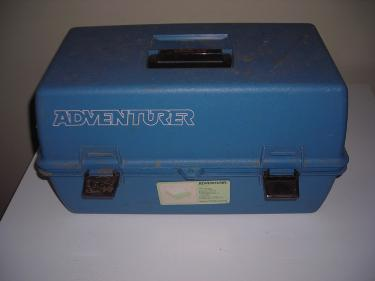 http://s3-eu-west-1.amazonaws.com/bumblebeeauction/201404/FISHING BOX.jpg