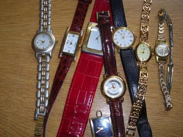 http://s3-eu-west-1.amazonaws.com/bumblebeeauction/201405/EIGHT LADIES WATCHES.jpg