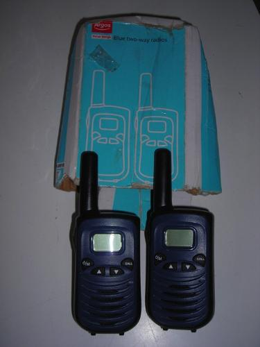 http://s3-eu-west-1.amazonaws.com/bumblebeeauction/201405/argos 2 way radios.jpg