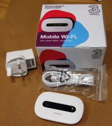 http://s3-eu-west-1.amazonaws.com/bumblebeeauction/201406/DONGLE.jpg