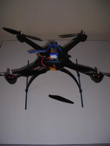 http://s3-eu-west-1.amazonaws.com/bumblebeeauction/201406/quad copter.jpg