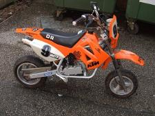 http://s3-eu-west-1.amazonaws.com/bumblebeeauction/201407/Orange KTM Pit Bike.jpg