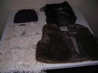http://s3-eu-west-1.amazonaws.com/bumblebeeauction/20144/faux fur.jpg