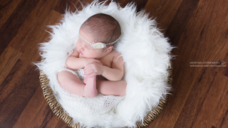 Newborn photography 1 3