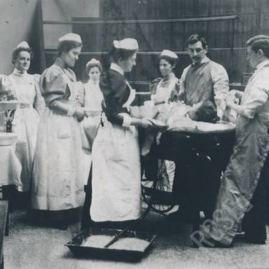Royal Infirmary of Edinburgh, Photographs and Patient Casebooks