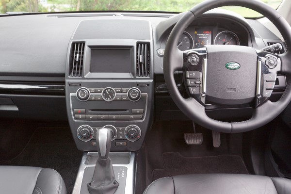 Land Rover Freelander dash