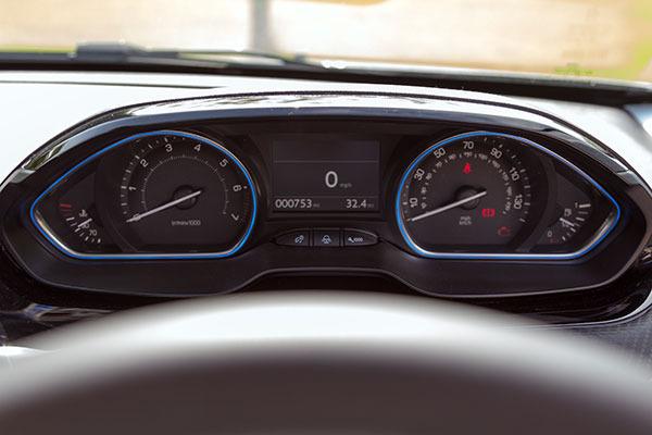 Peugeot 2008 Dials
