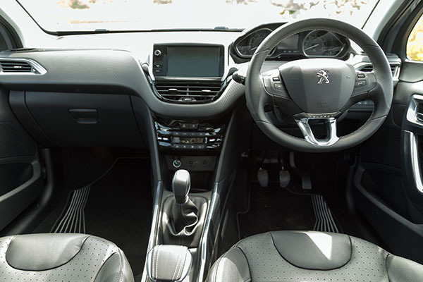 Peugeot 2008 review just a bigger version of the 208 for Interior peugeot 2008