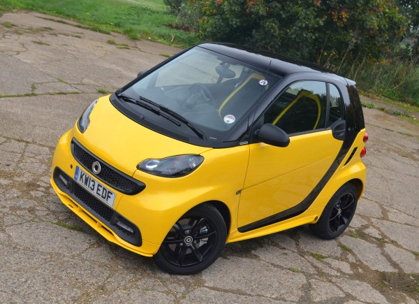 Smart Fortwo Cityflame Mhd Uk Quick Drive Review Carwow