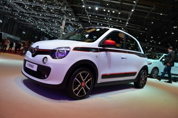 Renault Twingo photo gallery