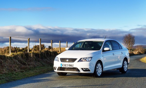 2014 Seat Toledo 1 6 Tdi Full Uk Road Test Review Carwow