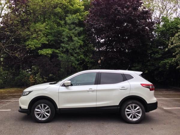 2014 Nissan Qashqai Acenta Premium Quick Drive Review