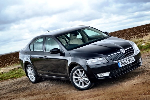 2013 skoda octavia review   first drive carwow