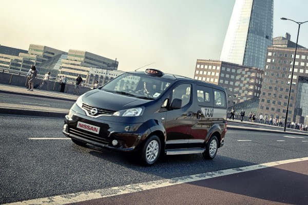 nissan env200 london 39 s first electric taxi carwow. Black Bedroom Furniture Sets. Home Design Ideas