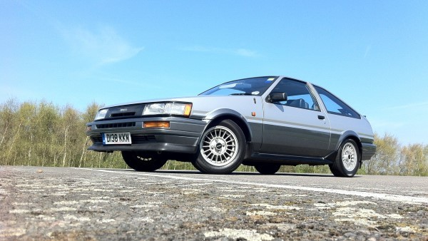 Toyota AE86 retro review