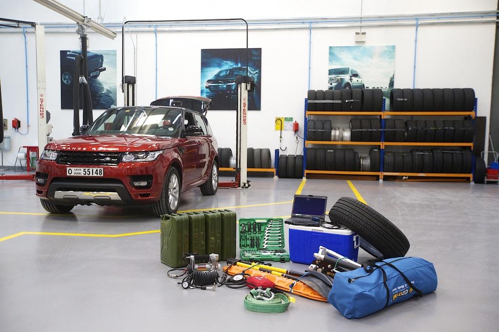 Range Rover Sport Empty Quarter