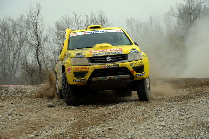 Suzuki CI Cross Rally Grand Vitara Baja