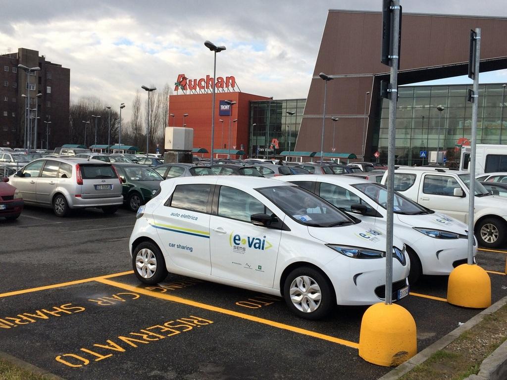 Car Sharing Auchan Cesano Boscone
