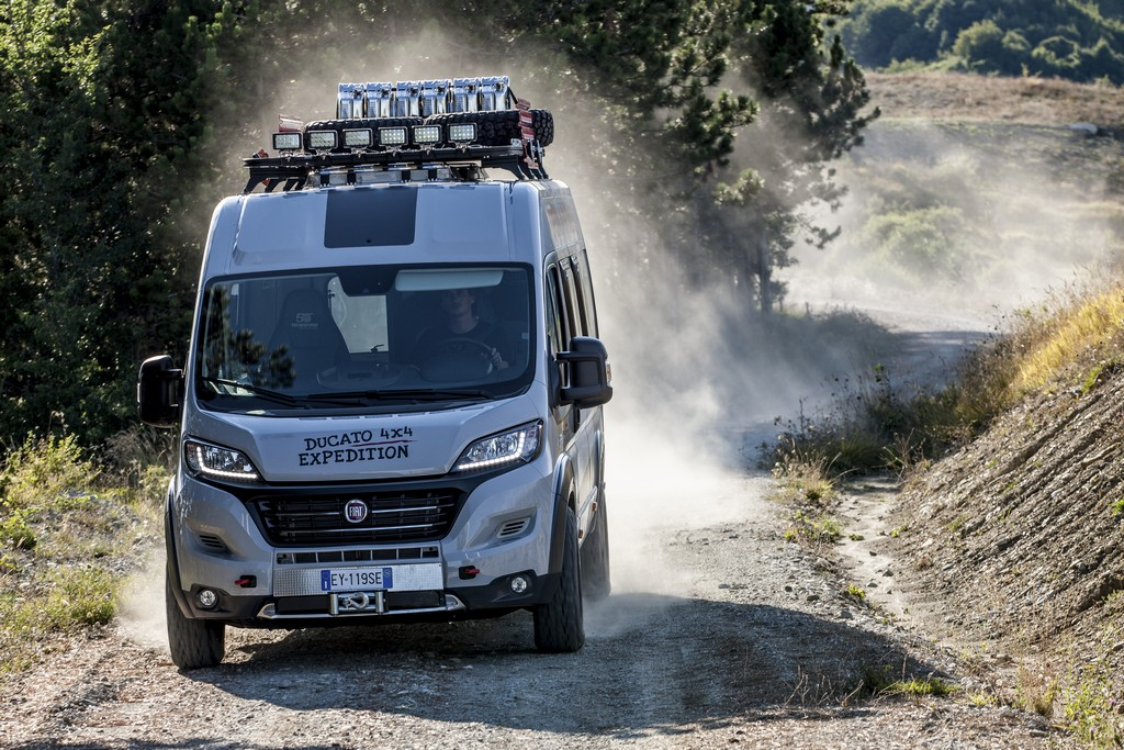 Fiat Ducato 4x4 Expedition Fronte