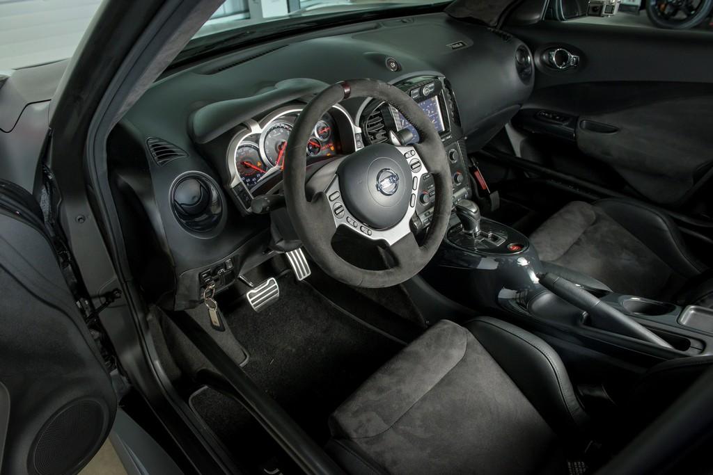Nissan Juke R 2.0 Interni