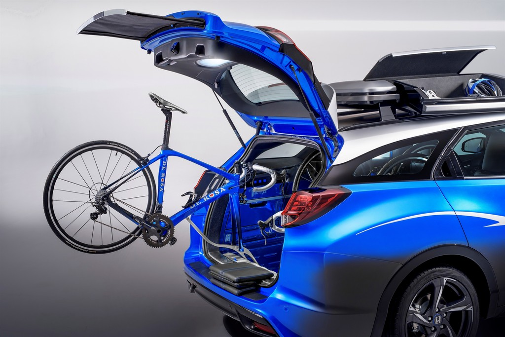 Honda Civic Tourer Active Life Concept Portellone Bici