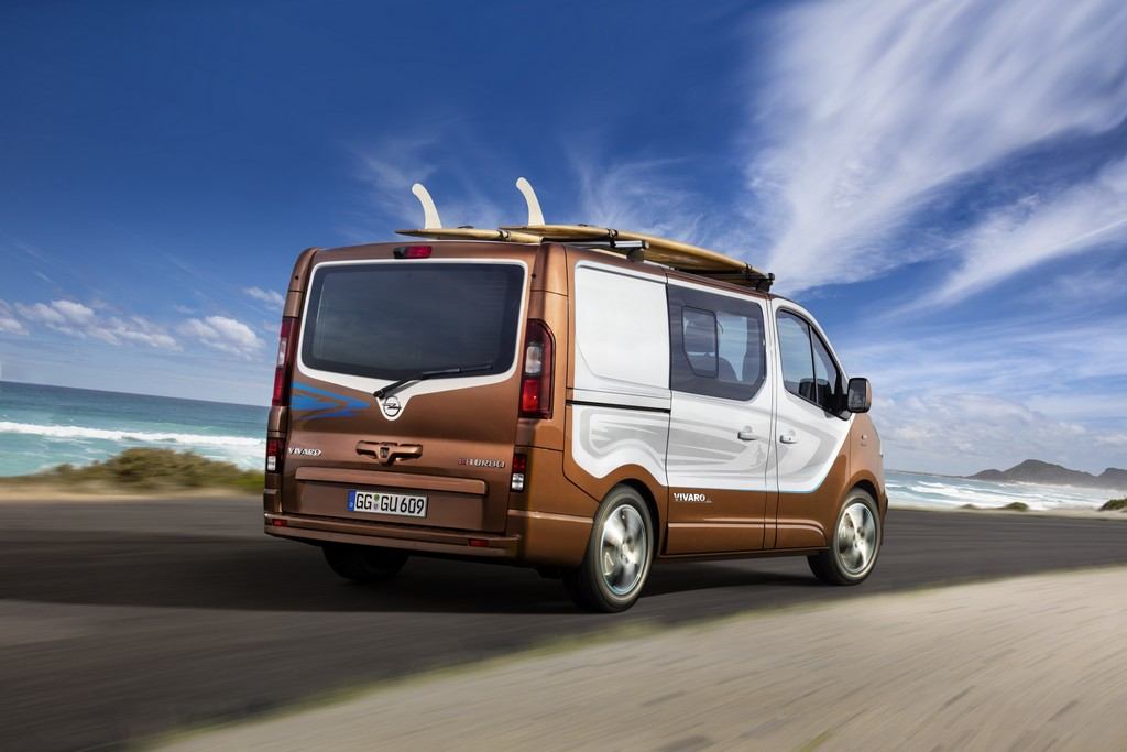Opel Vivaro Surf Concept Tre Quarti Posteriore