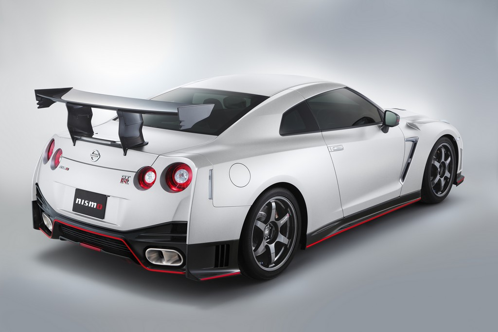 Nissan GT-R NISMO N Attack Package Dietro