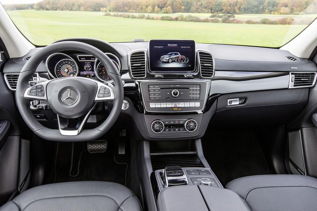 Mercedes GLE 450 AMG 4MATIC Interni