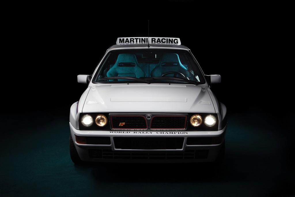 Lancia Delta HF Integrale Martini 6 Davanti