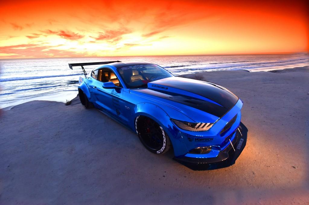 Ford Mustang Sam Soto Tre Quarti