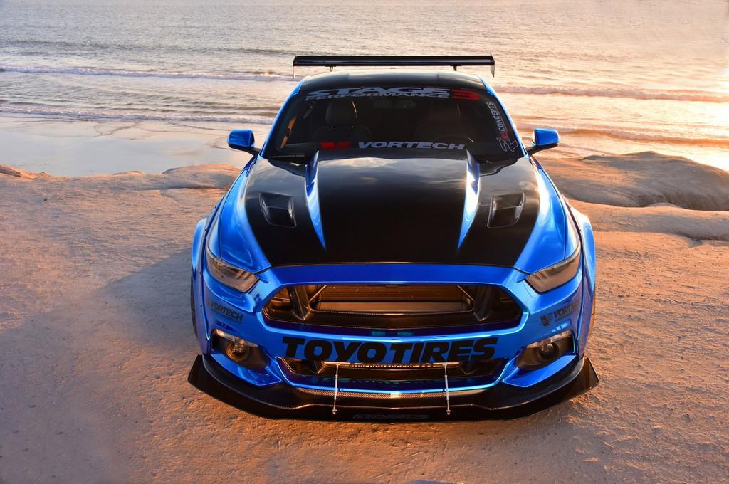 Ford Mustang Sam Soto Davanti