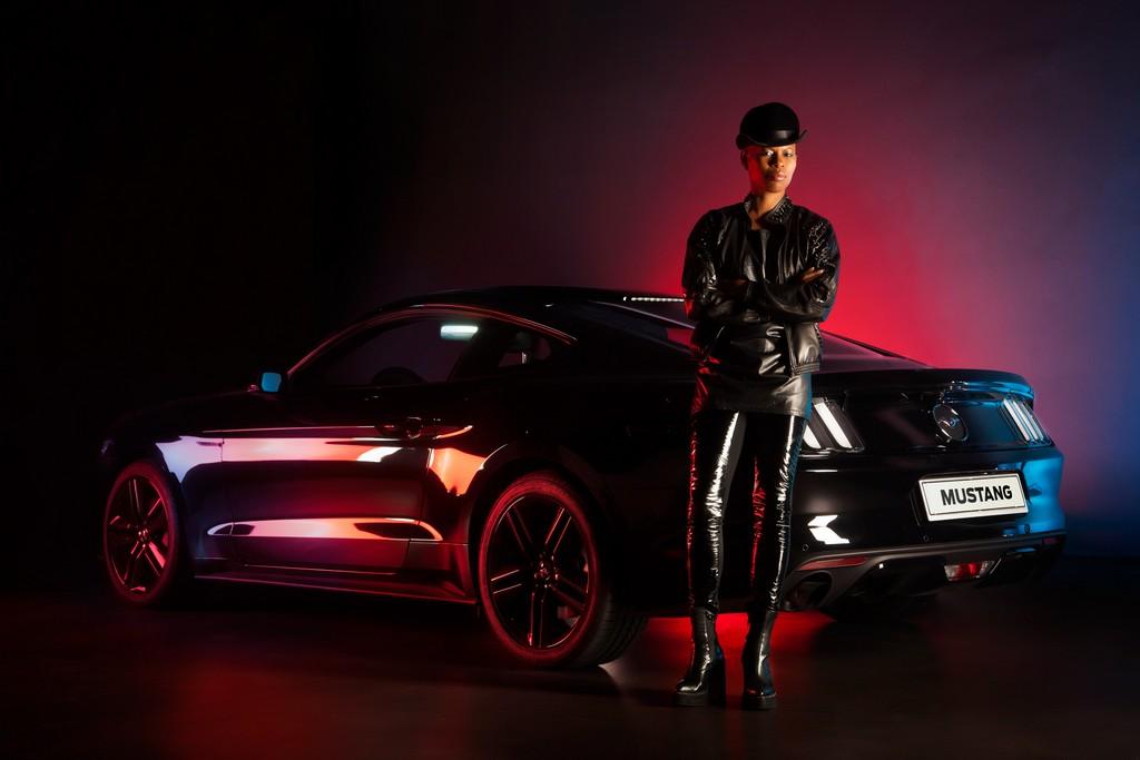 Ford Mustang e Skin