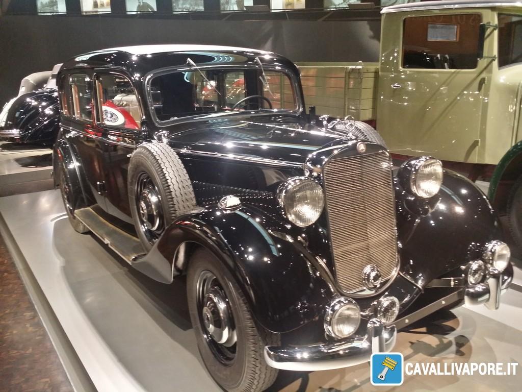 Mercedes-Benz 260 D Pullman Limousine 1938-2