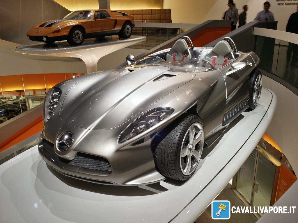 Mercedes-Benz F400 Carving-1