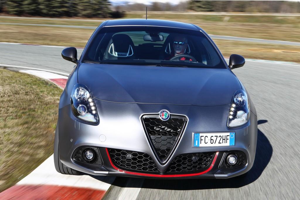 Alfa Romeo Giulietta-8