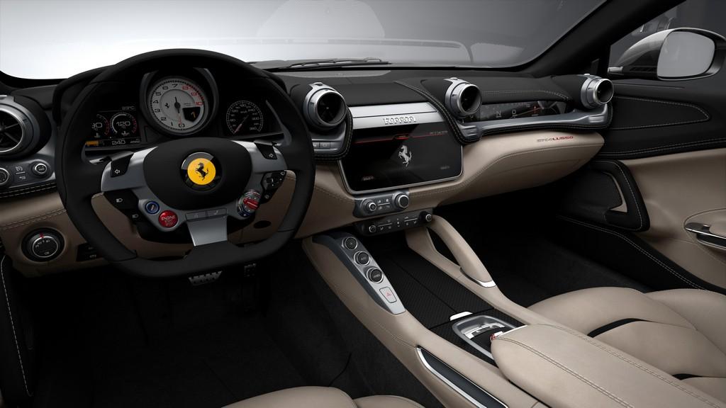Ferrari GTC4Lusso Cruscotto