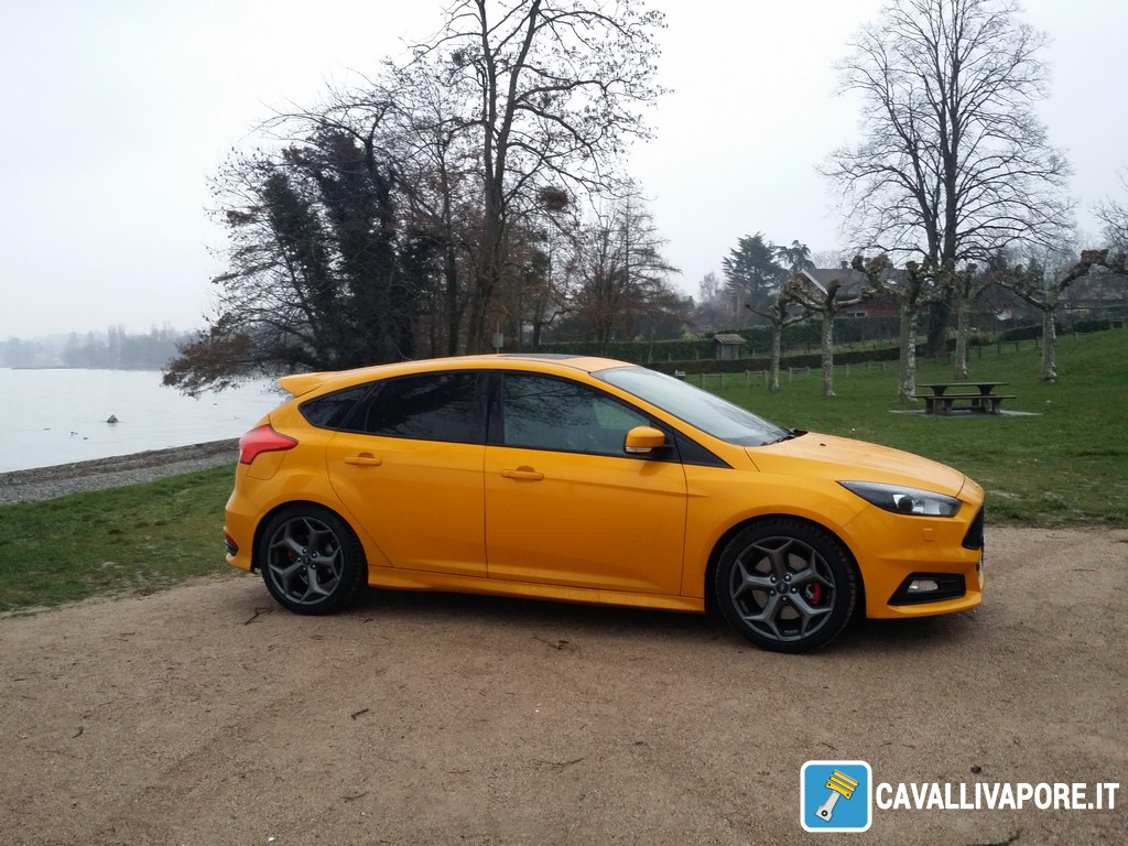 Ford Focus ST Laterale Destro