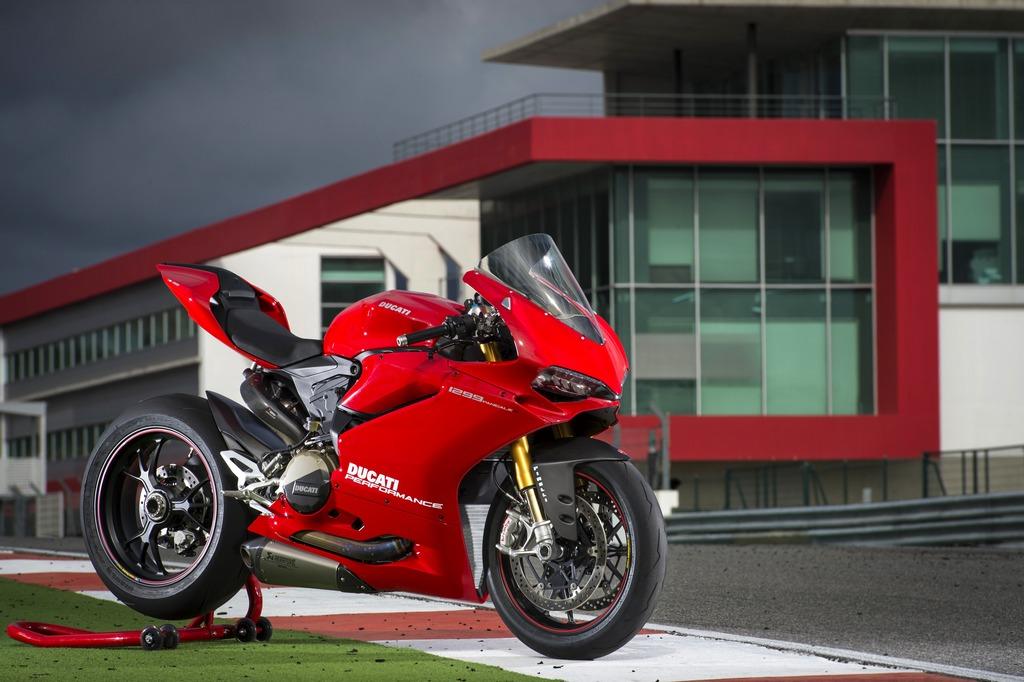 Ducati Panigale Performance