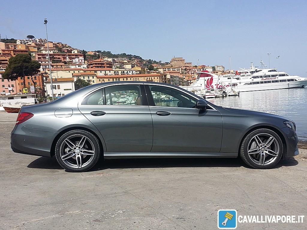 Mercedes Nuova Classe E Argentario Lado Destro