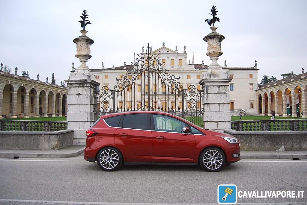 Ford C-Max Lato Villa Manin